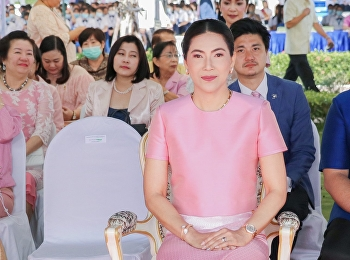 Attended the worship ceremony of the new monument of Her Majesty Queen Sunandha Kumariratana