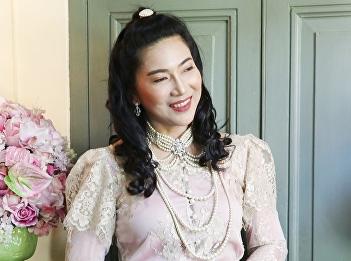 """wearing Thai traditional wear"" campaign under Suan Sunandha Rajabhat University"